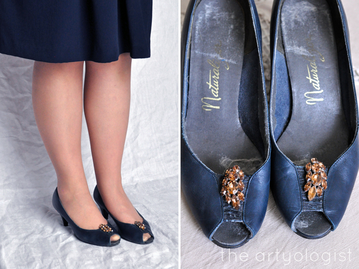 Bringing Back Coupon Busters One Pair of Shoe Clips at a Time, Navy pumps, sparkly brown clips, the artyologist