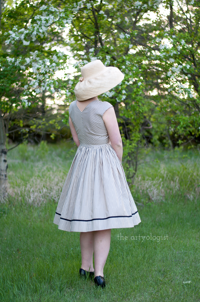 Salvaging a Sewing Project with Vogue 8789, the artyologist, back