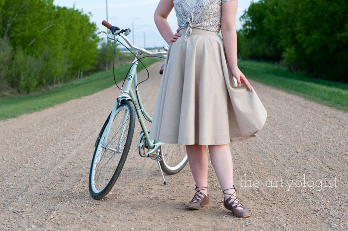 Rural Holiday, the artyologist, a roman holiday outfit, skirt detail