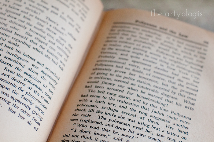 Taking Part in a Book Lover's Tag, the artyologist, book-page-open