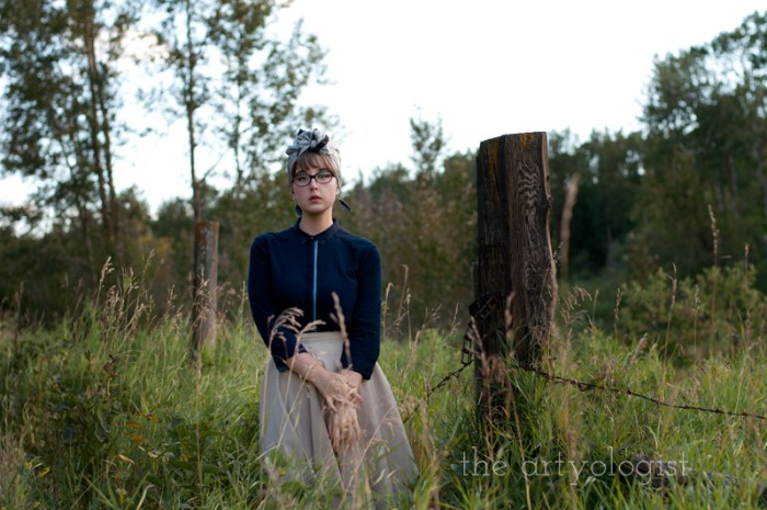 Modern Girl Goes Vintage, the artyologist, navy blue and tan skirt