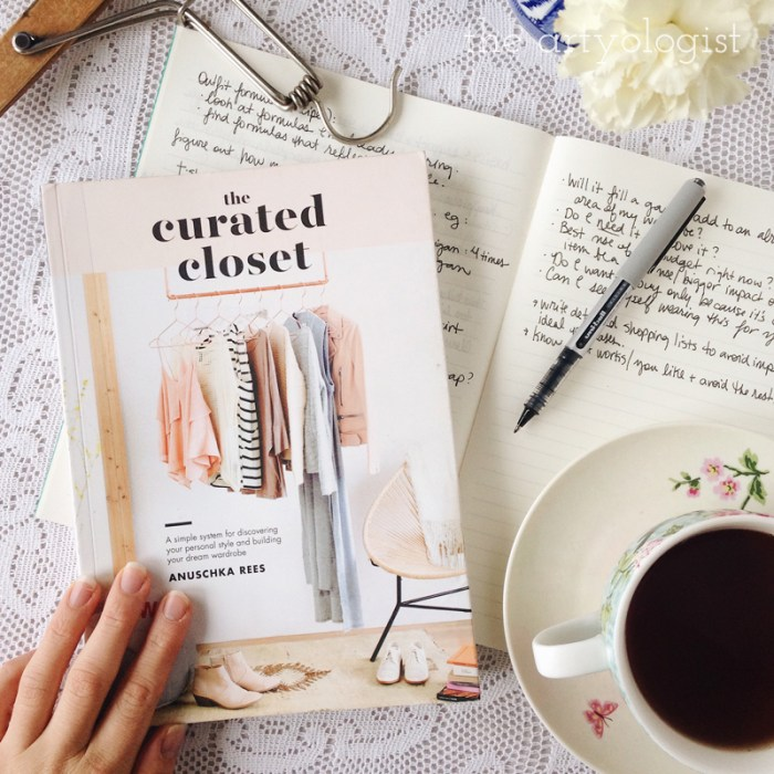 curated-closet,-style-resolutions,-the-artyologist