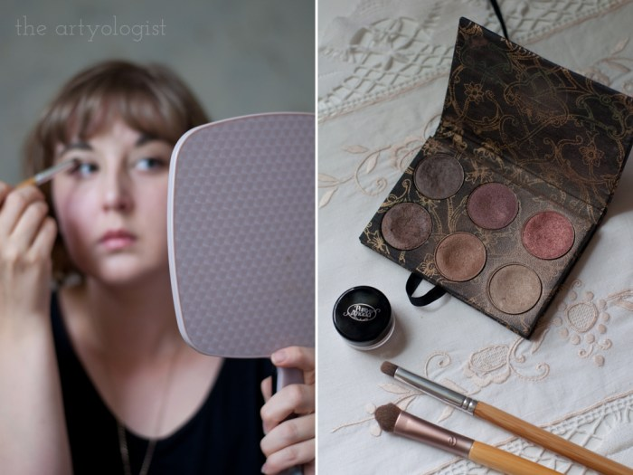 woman putting on eyeshadow for an everyday makeup look