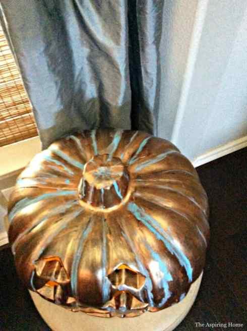 Jack O'Lantern Patina pumpkin makeover 14