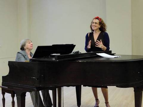 Mini Stern-Wolfe and Laura Stern in concert