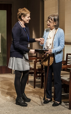 "Dianne Wiest and Patricia Conolly in a scene from The New Group's production of ""Rasheeda Speaking"" (Photo credit: Monique Carboni)"