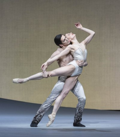"""A scene from The Royal Ballet's production of the Pas de Deux from Christopher Wheeldon's """"Aeternum"""" (Photo credit: Johan Persson)"""