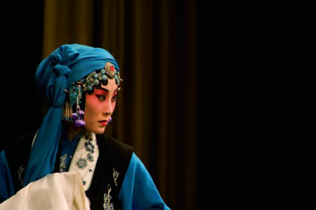 """Zhang Huoding in a scene from the opera """"The Jewelry Purse"""" (Photo credit: Courtesy of China Arts and Entertainment Group)"""