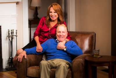"""Marlo Thomas and Greg Mallavey in a scene from """"Clever Little Lies""""(Photo credit: Matthew Murphy)"""