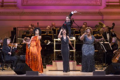 "Guest artists Sy Smith, Montego Glover and Capathia Jenkins with conductor Steven Reineke and The New York Pops in ""Sophisticated Ladies"" (November 13, 2015) (Photo credit: Richard Termine)"