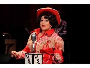 Erin McCracken in Always Patsy Cline