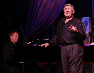 "Pianist Mark Janas and singer-actor Len Cariou in a scene from ""Broadway and the Bard"" (Photo credit: Carol Rosegg)"