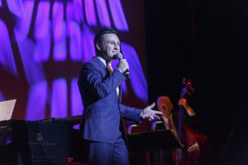 """Nicolas King as he appeared in 92nd Y's Lyrics & Lyricists Series: """"Witchcraft: The Jazz Magic of Cy Coleman (Photo credit: Richard Termine)"""
