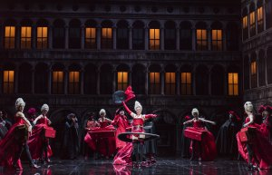 "Elodie Fonnard as Fortune and ensemble of ""Les Fêtes Vénitiennes"" (Photo credit: Jack Vartoogian)"