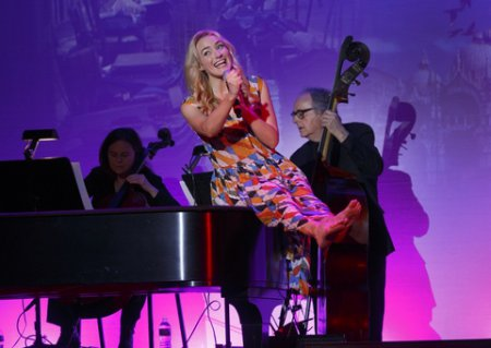 "Betsy Wolfe backed by Diane Barere on cello and Dick Sarpola on bass as she appeared at the 92 Y's Lyrics and Lyricists Series: ""I Have Confidence: Rodgers After Hammerstein"" (Photo credit: Richard Termine)"