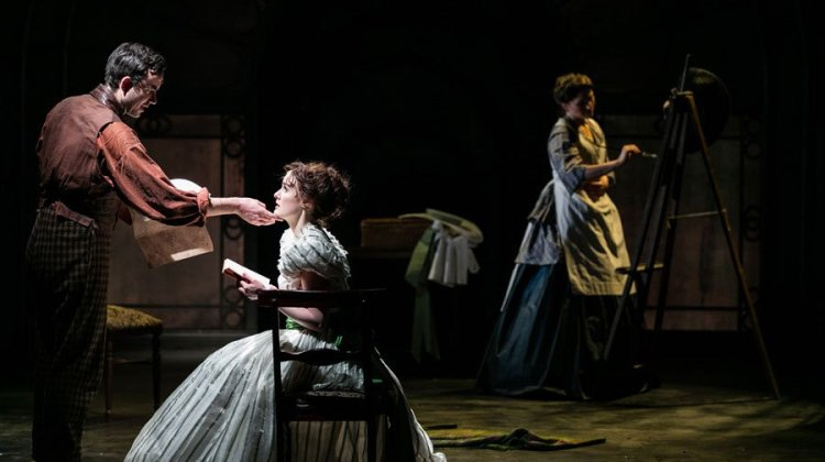 "<div class=""category-label-review"">Review</div><div class=""category-label"">/</div>The Woman in White at the Charing Cross Theatre"