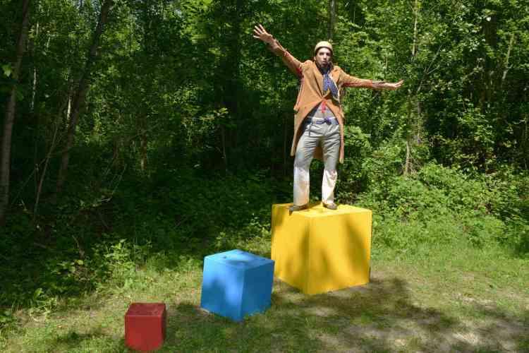 Revotopie, un spectacle du Théâtre d'Anoukis entre poésie et land art - Création 2015