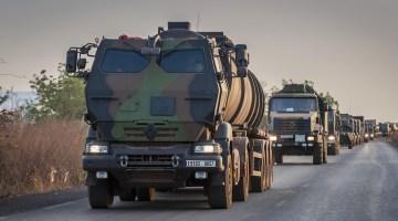 Départ du Service des Essences des Armées en convoi logistique