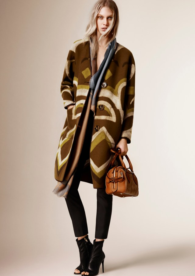 Burberry_Prorsum_Womenswear_Autumn_Winter_2015_Pre-Collection_03