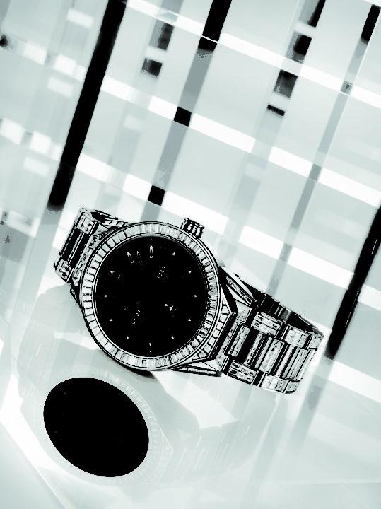 TAG Heuer Luxury Tech