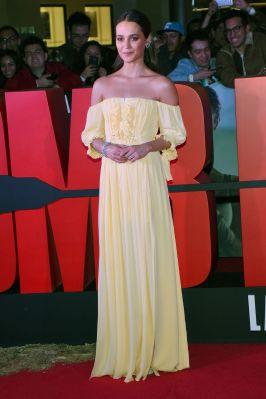 Alicia Vikander in Louis Vuitton alla 'Tomb Raider' Premiere, Mexico City