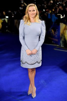 Reese Witherspoon in Elie Saab e sandali Christian Louboutin all''A Wrinkle In Time' Premiere, London
