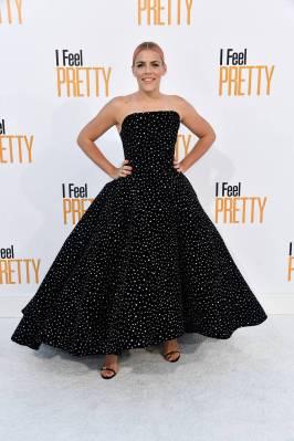 Busy Philipps in Christian Siriano e gioielli Norman Silverman alla 'I Feel Pretty' premiere, Los Angeles
