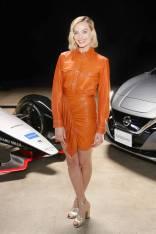 Margot Robbie in Isabel Marant alla Formula E launch tour, Culver City