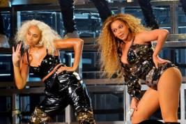 Solange e Beyonce in Balmain al Coachella, California