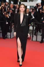 Barbara Palvin in Alberta Ferretti al Cannes Film Festival