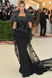 Bella Hadid al Met Gala 2018