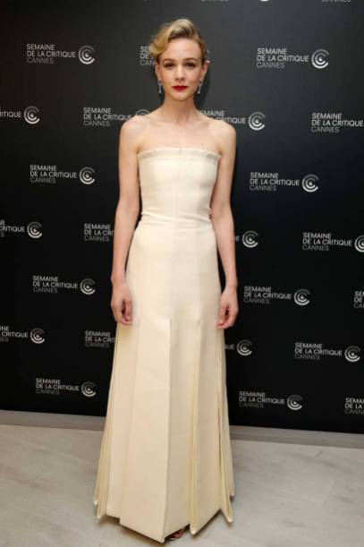 Carey Mulligan in Dior e gioielli Chaumet al 'Wildlife' photocall, Cannes film Festival
