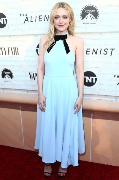 Dakota Fanning in Alexa Chung al The Alienist event, Beverly Hills