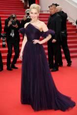 Emilia Clarke in Dior alla 'Solo A Star Wars Story' premiere, Cannes Film Festival