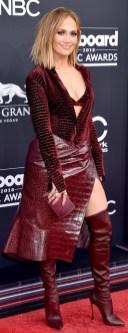 Jennifer Lopez in Roberto Cavalli ai Billboard Awards 2018