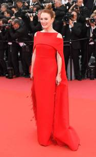 Julianne Moore in Givenchy Haute Couture al al Cannes Film Festival 2018