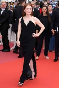 Julianne Moore in Saint Laurent al Cannes Film Festival 2018