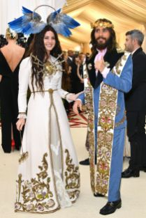 Lana del Rey e Jared Leto, entrambe in Gucci, al Met Gala 2018