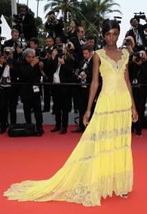 Leomie Anderson in Twinset e gioiello Chopard al 'Yomeddine' premiere, Cannes film Festival