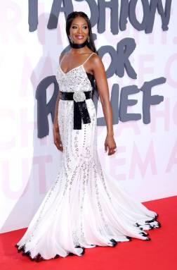 Naomi Campbell in Dolce & Gabbana al Fashion For Relief, Cannes Film Festival