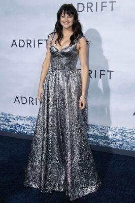 Shailene Woodley in Rochas alla premiere di Adrift, Los Angeles