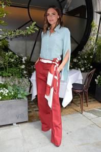 Victoria Beckham al Scott's Mayfair summer terrace, London