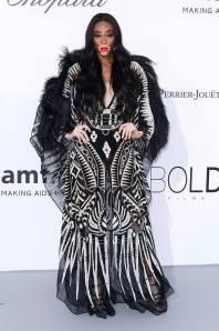Winnie Harlow in Zuhair Murad all'amfAR Gala, Cannes