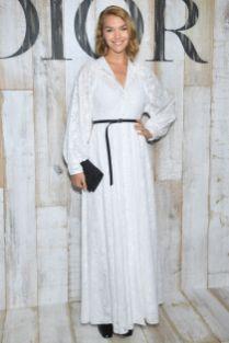 Arizona Muse in Dior alla sfilata Dior Cruise, Chantilly