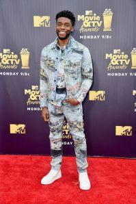 Chadwick Boseman in Off-White agli MTV Movie & TV Awards 2018