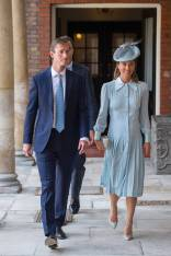 James Matthews e Pippa Middleton in Alessandra Rich al The Royal Christening, St James's Palace