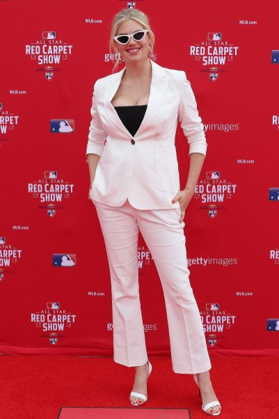 Kate Upton in Anine Bing agli 89th MLB All-Star Game, Washington