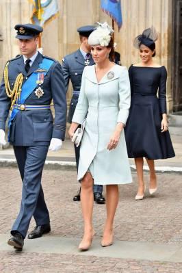 La Duchessa di Cambridge in Alexander McQueen al Centenary of the RAF, London