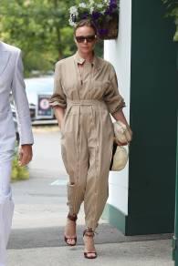 Stella McCartney in una sua creazione a Wimbledon, London