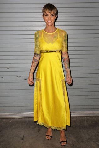 Ruby Rose in Off-White alla proiezione di The MEG, Florida